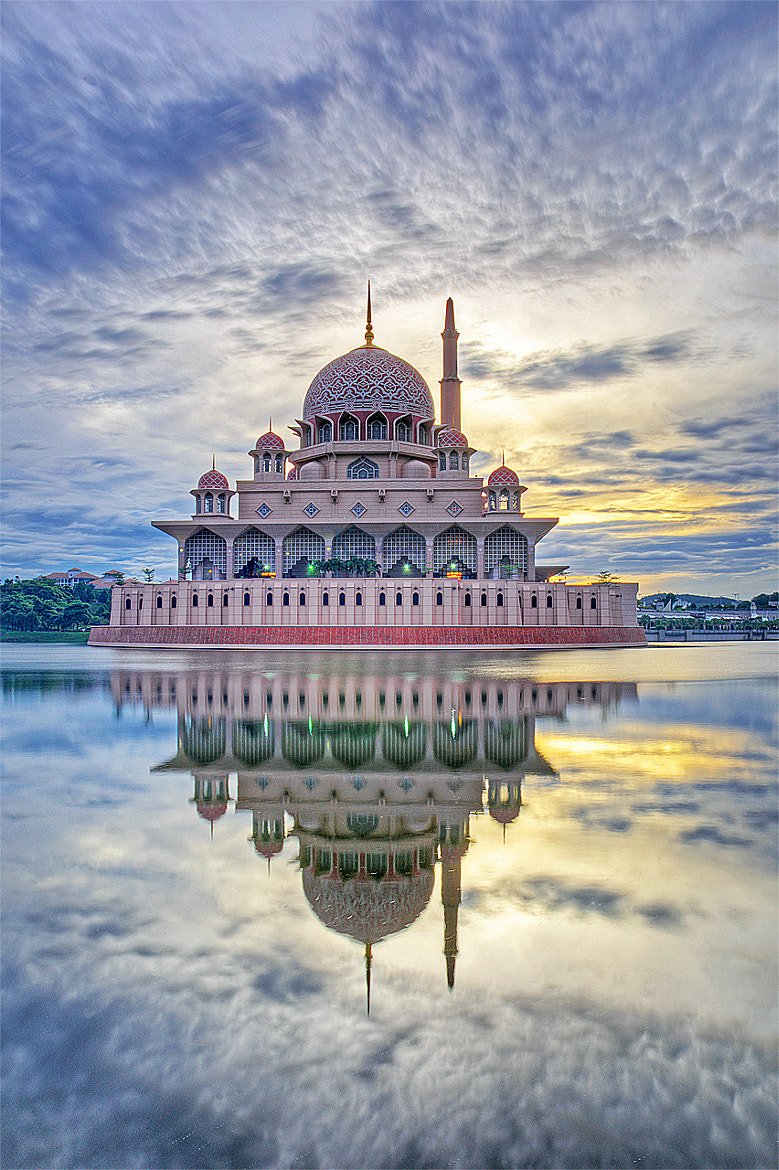 Photograph Putra Mosque by Kukoq Nyoq on 500px