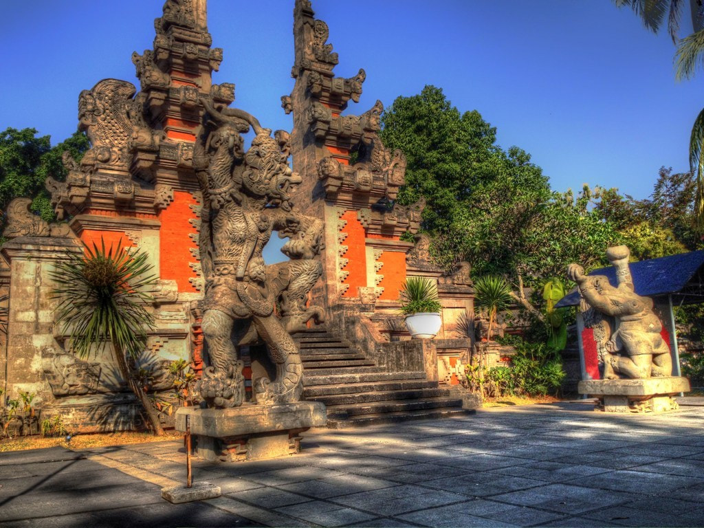Photograph TMII by Lewi Nikijuluw on 500px