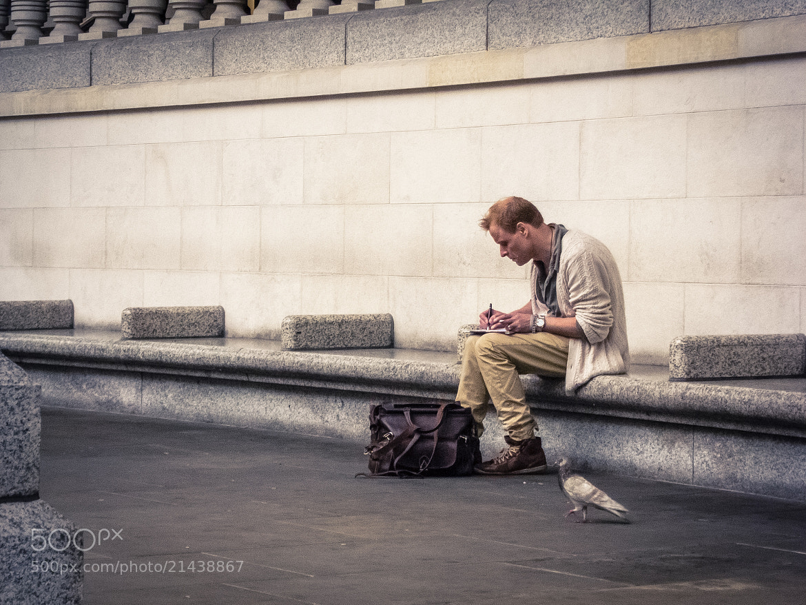 Photograph Writer & Pigeon by Gianluca Romeo on 500px
