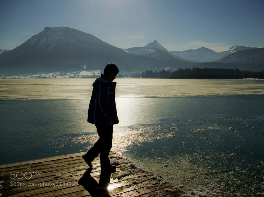 Last winter we had a walk along the shore of Wolfgangsee in Austria and I was looking at my son David how fast he grow up…but still playing with snow. Now he is fifteen and I hope to have some more years to ski together…and after that are comming the friends and girls…that's life.