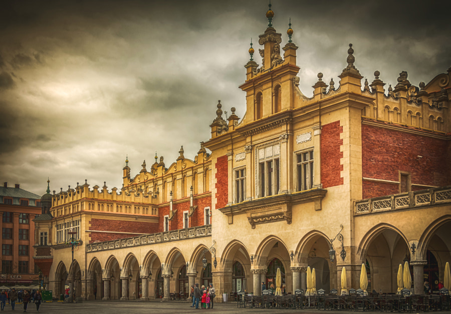 Sukiennice Old Krakow by Lubomir Mihalik on 500px.com