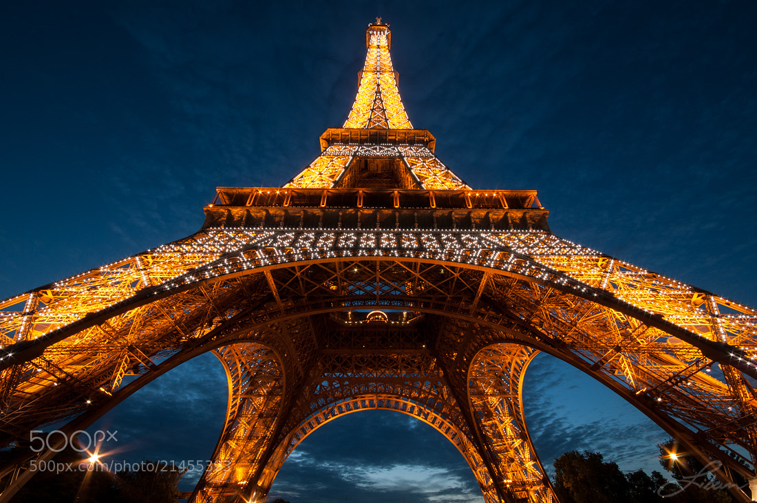 Photograph Eiffel Tower by Liban Yusuf on 500px