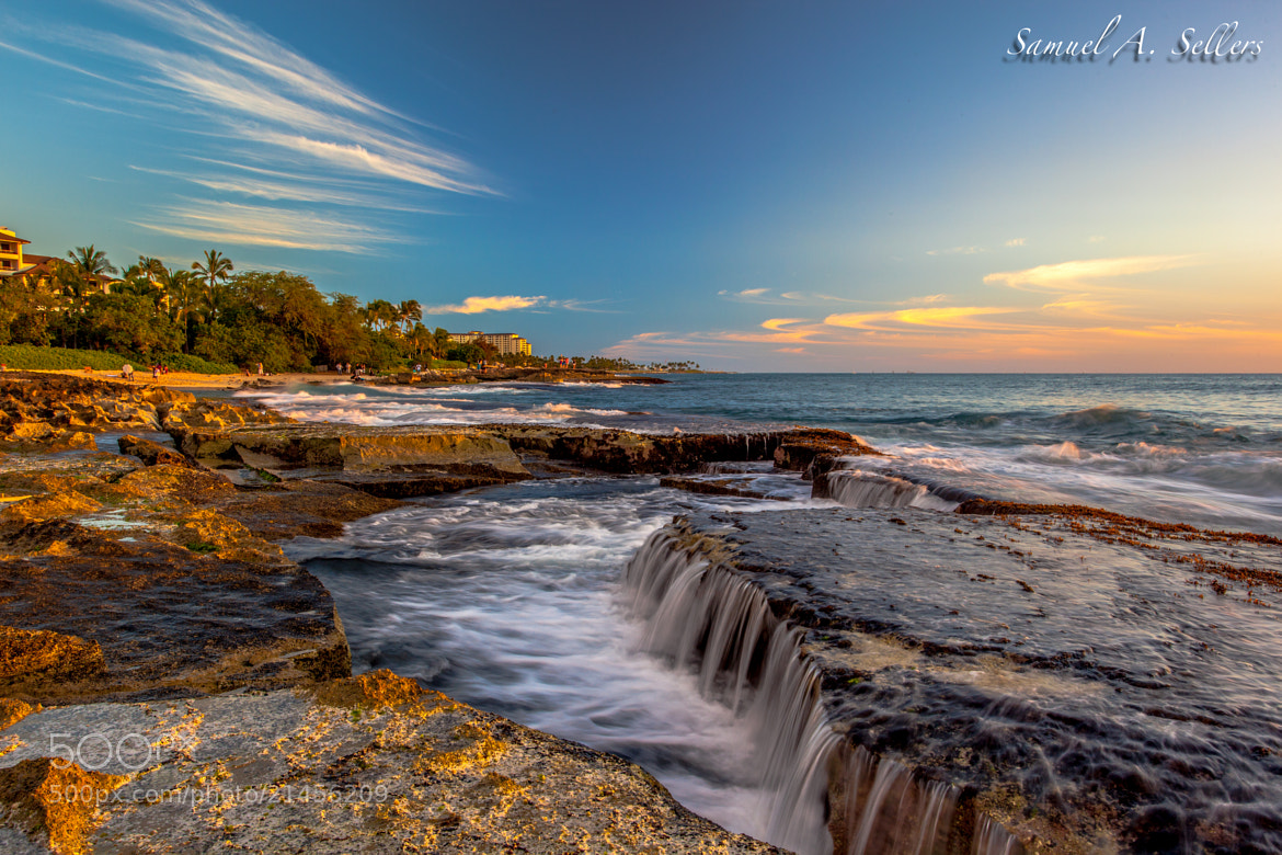 Photograph Secret Beach by Sam Sellers on 500px