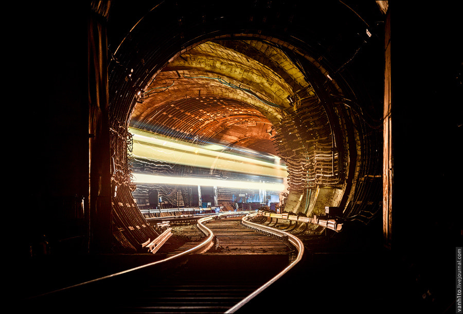 Photograph In veins of metro by Ivan Khimin on 500px