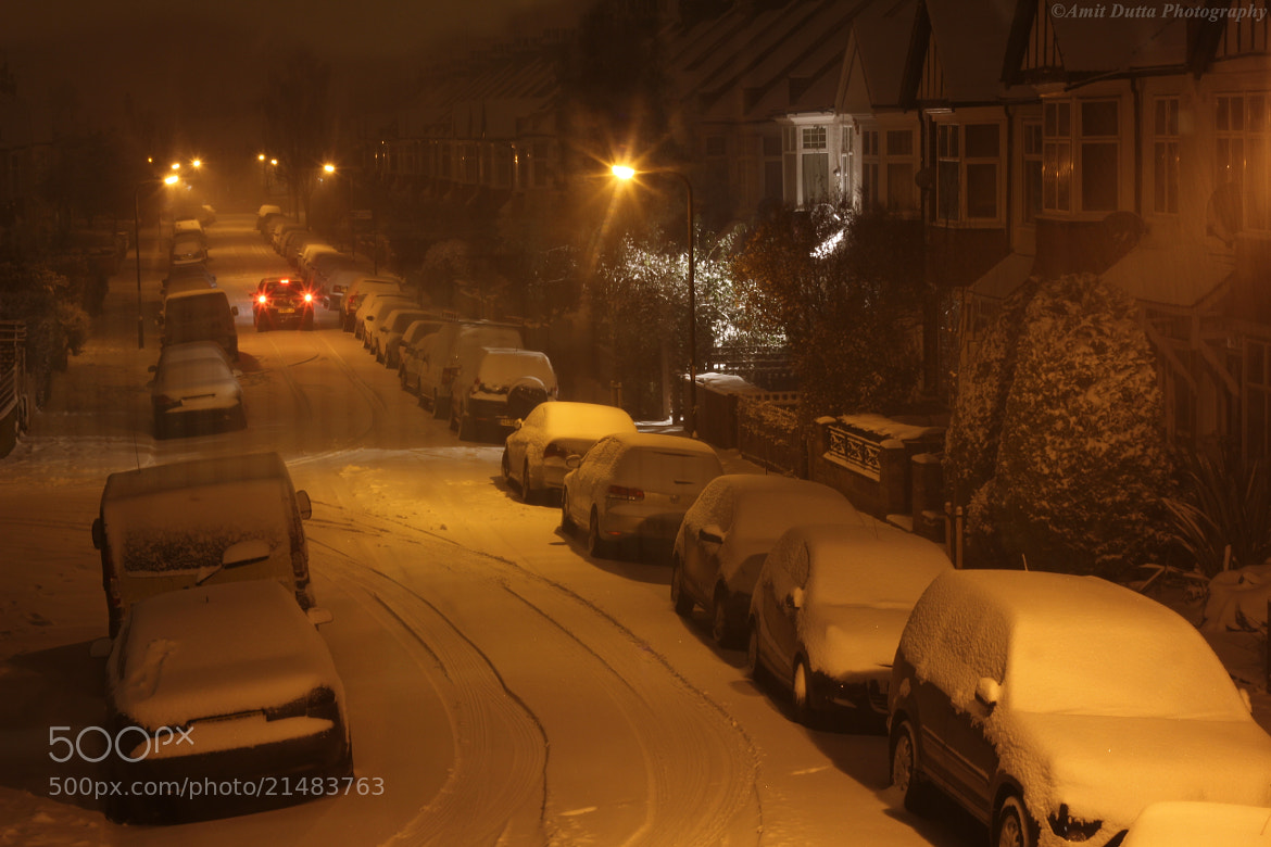 Photograph London street during snow by Amit Dutta on 500px