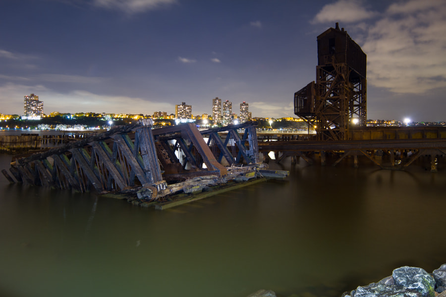 Photograph 69th Street Transfer Bridge by Heath Hurwitz on 500px