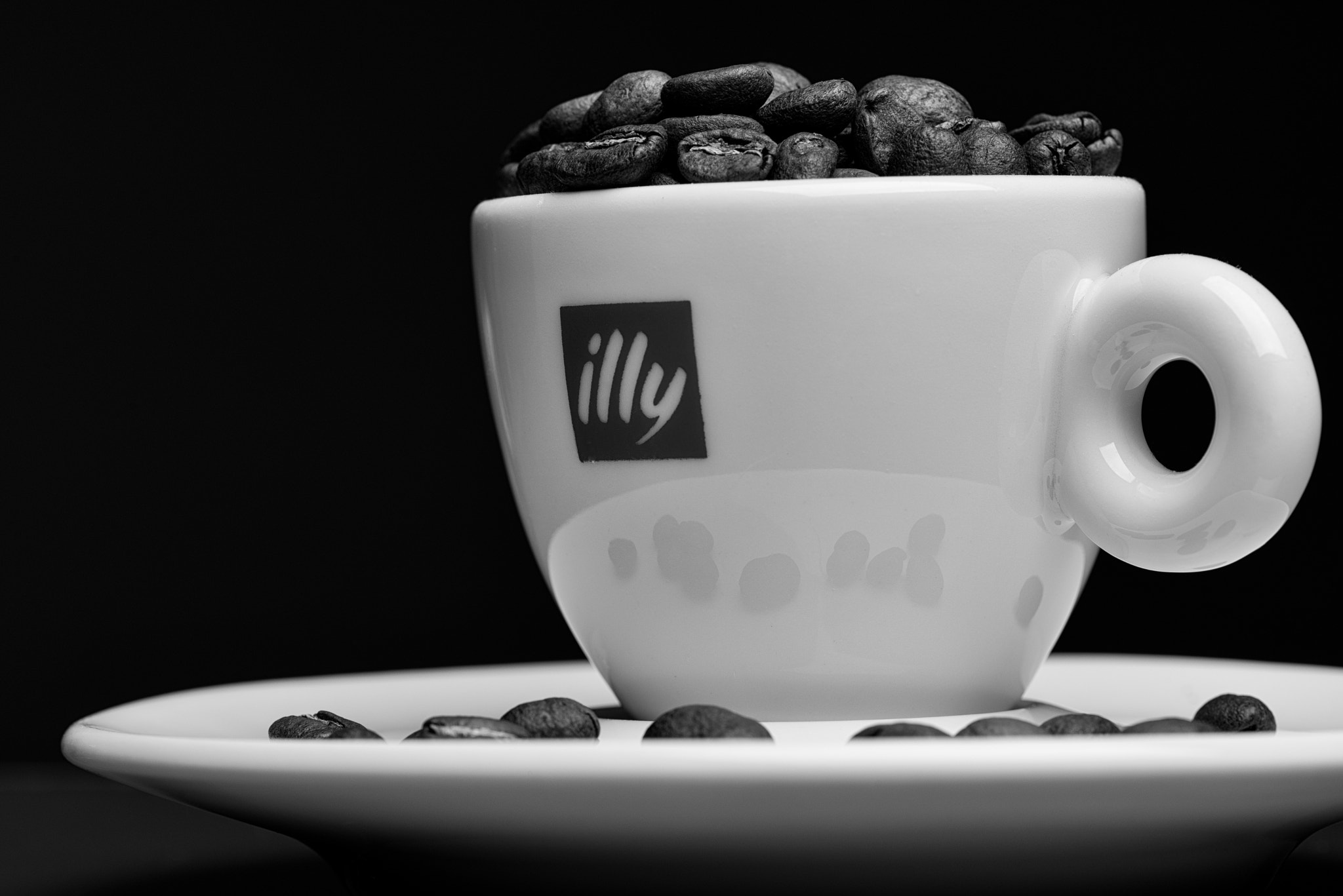 Photograph illy cup by Dave K. on 500px