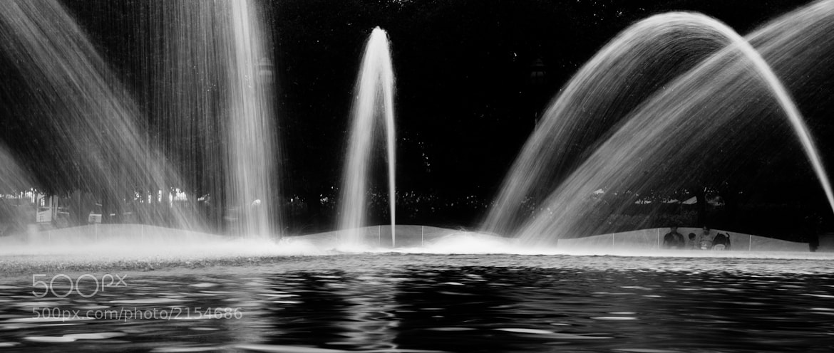 Photograph water jets by Julian Ortiz on 500px