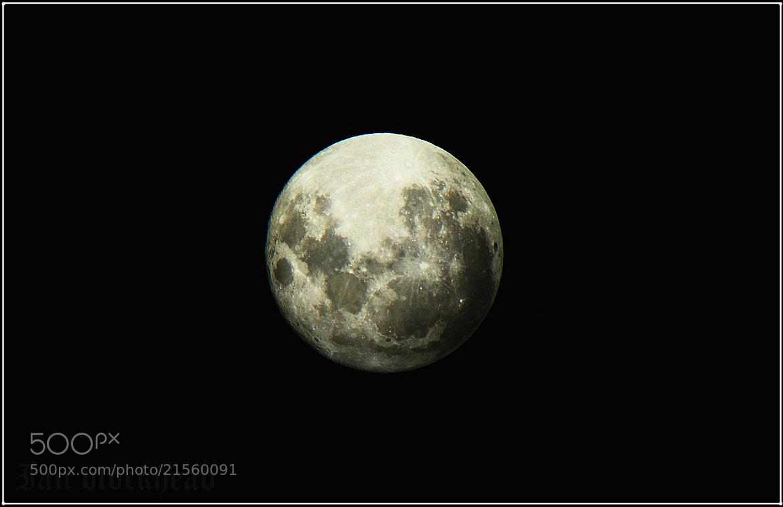 Photograph La Ultima Luna  by Ian Blöckhead on 500px