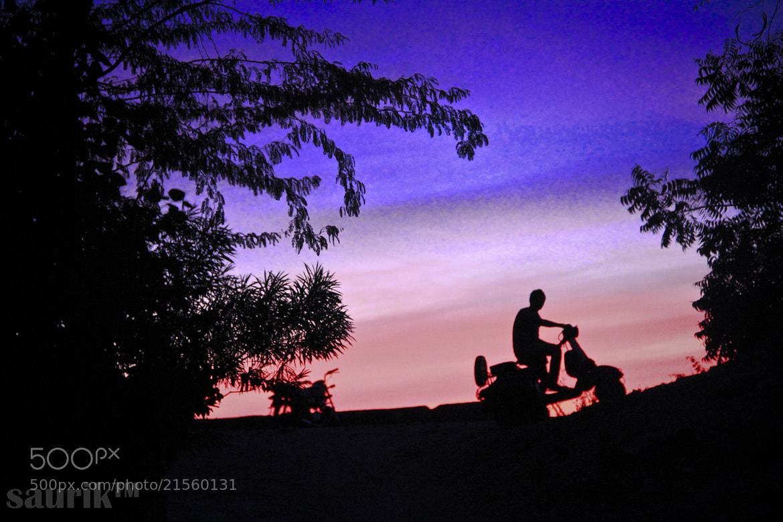 Photograph Silhoutte - bike - Nirav gala by saurik s shah on 500px