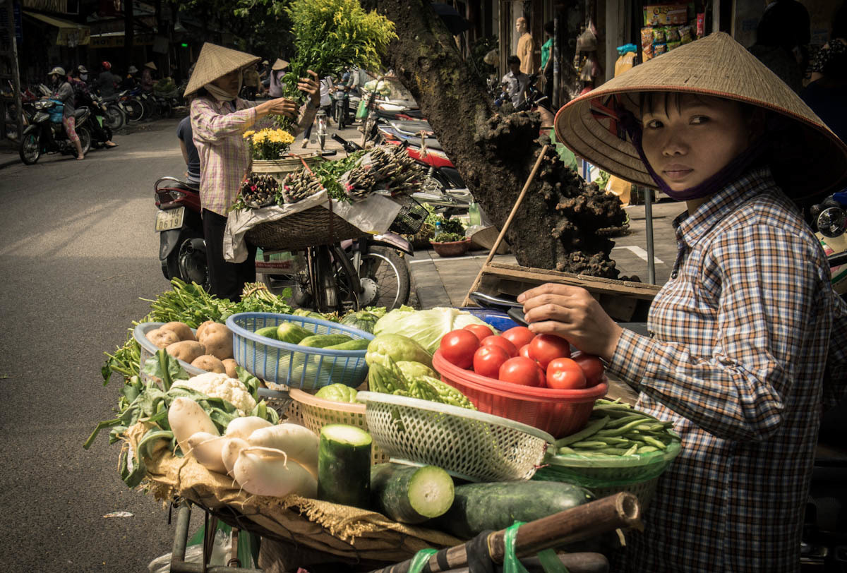 Photograph Street vendors by Journey into Self on 500px