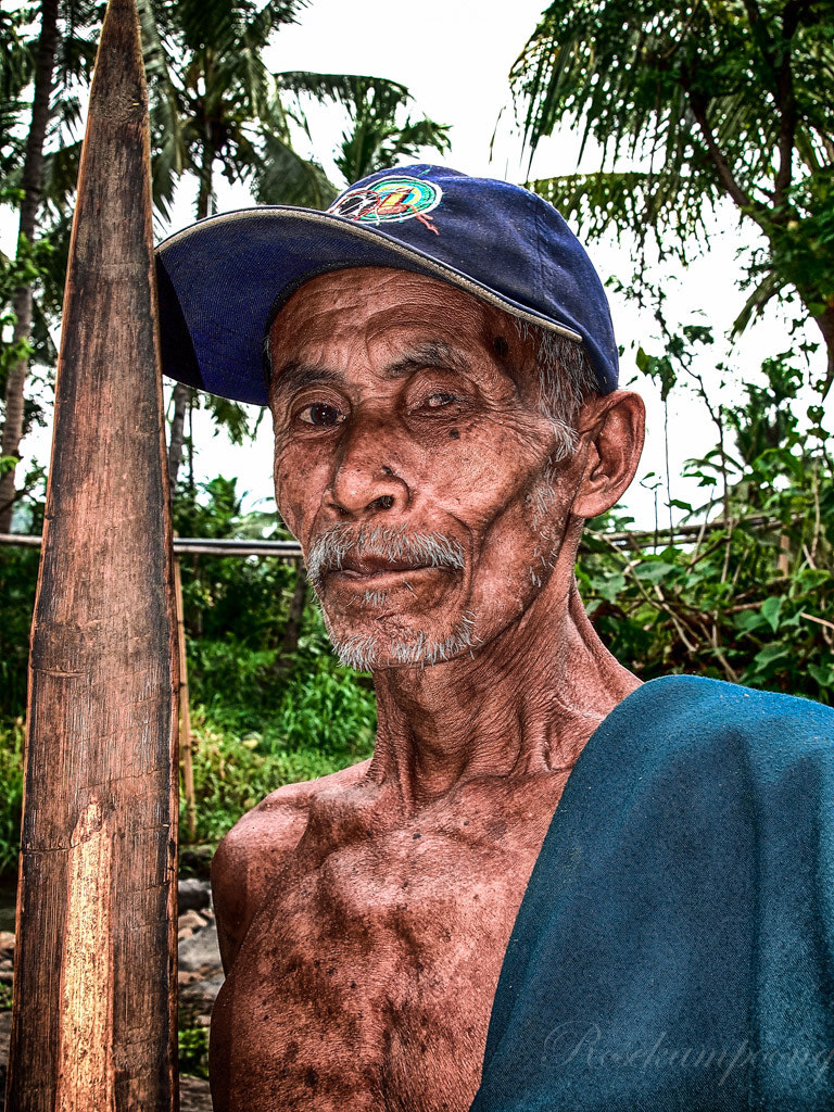 Photograph The Old Man by Rose Kampoong on 500px