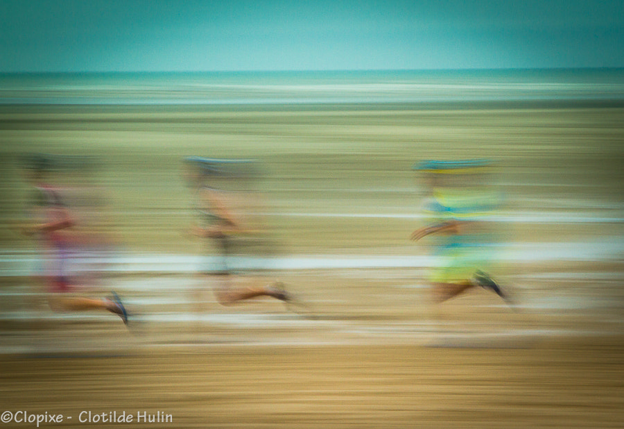 Photograph Running on the beach by Clotilde Hulin on 500px