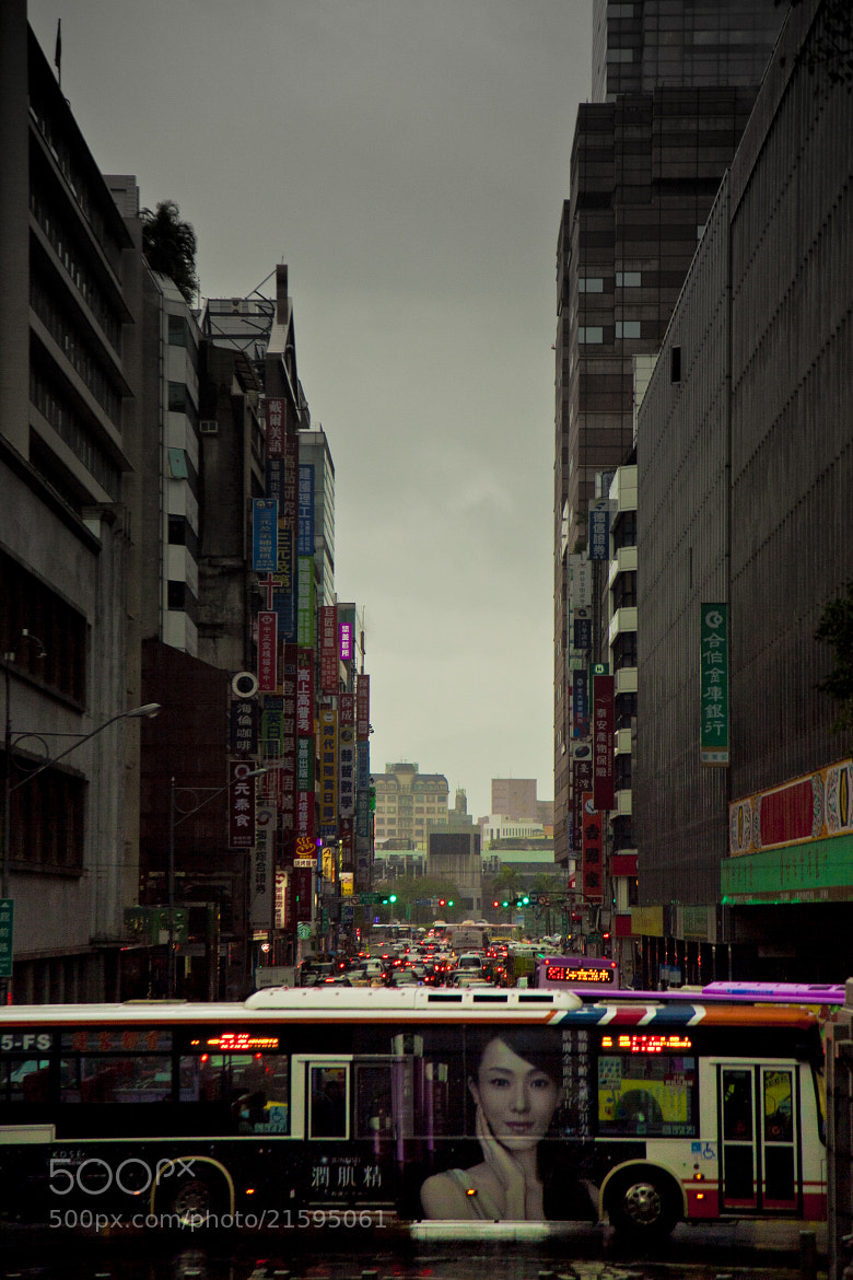 Photograph The street of Taipei by Hanson Mao on 500px