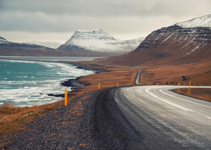DRIVING IN ICELAND IV de Yves Schüpbach en 500px.com