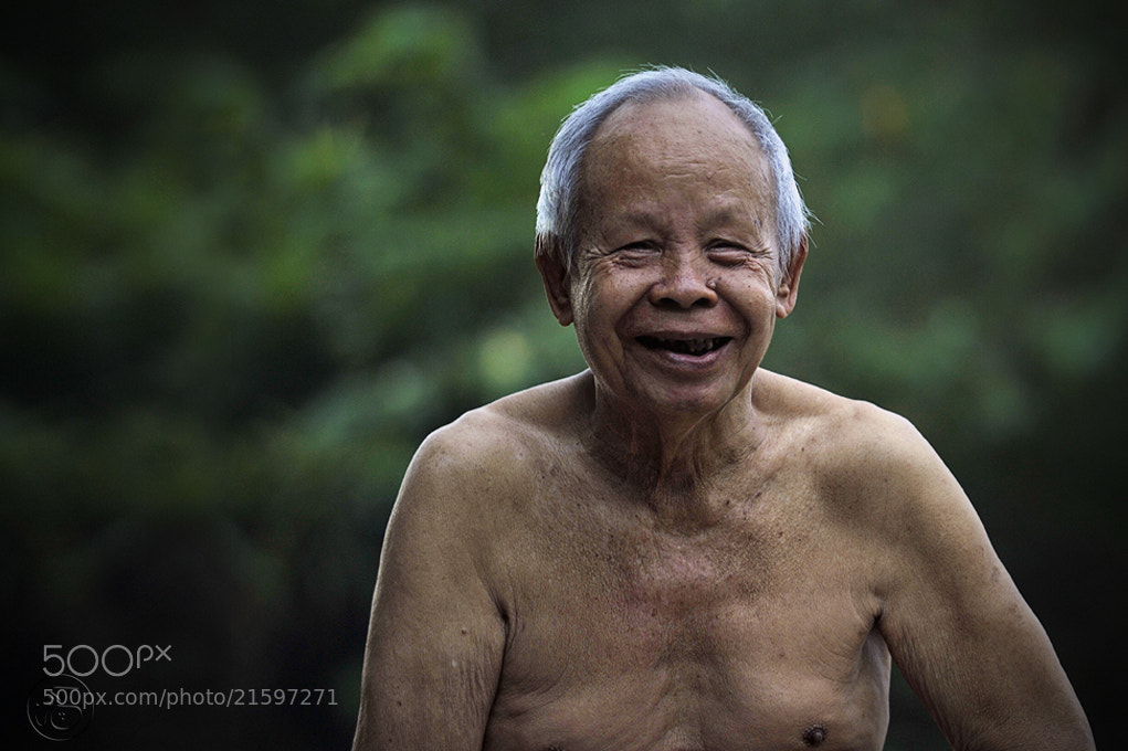 Photograph An Oldman by chegu diman on 500px