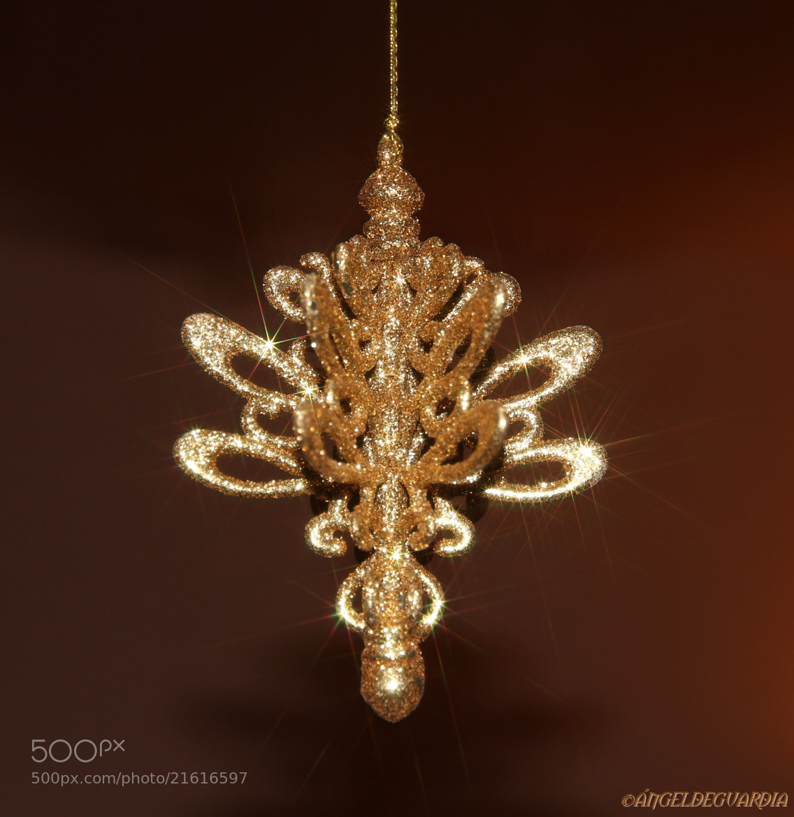 Photograph *christmas decoration* by ÁngelDeGuardia * on 500px