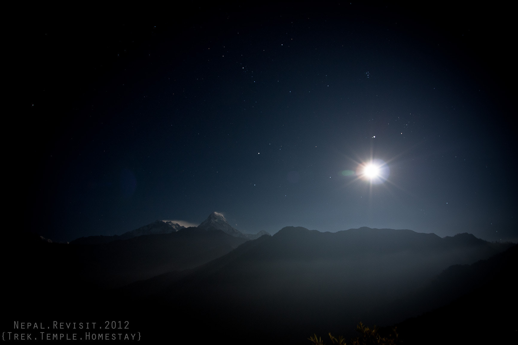 Photograph Starry Night at Poon Hill by Aey Saowalak on 500px