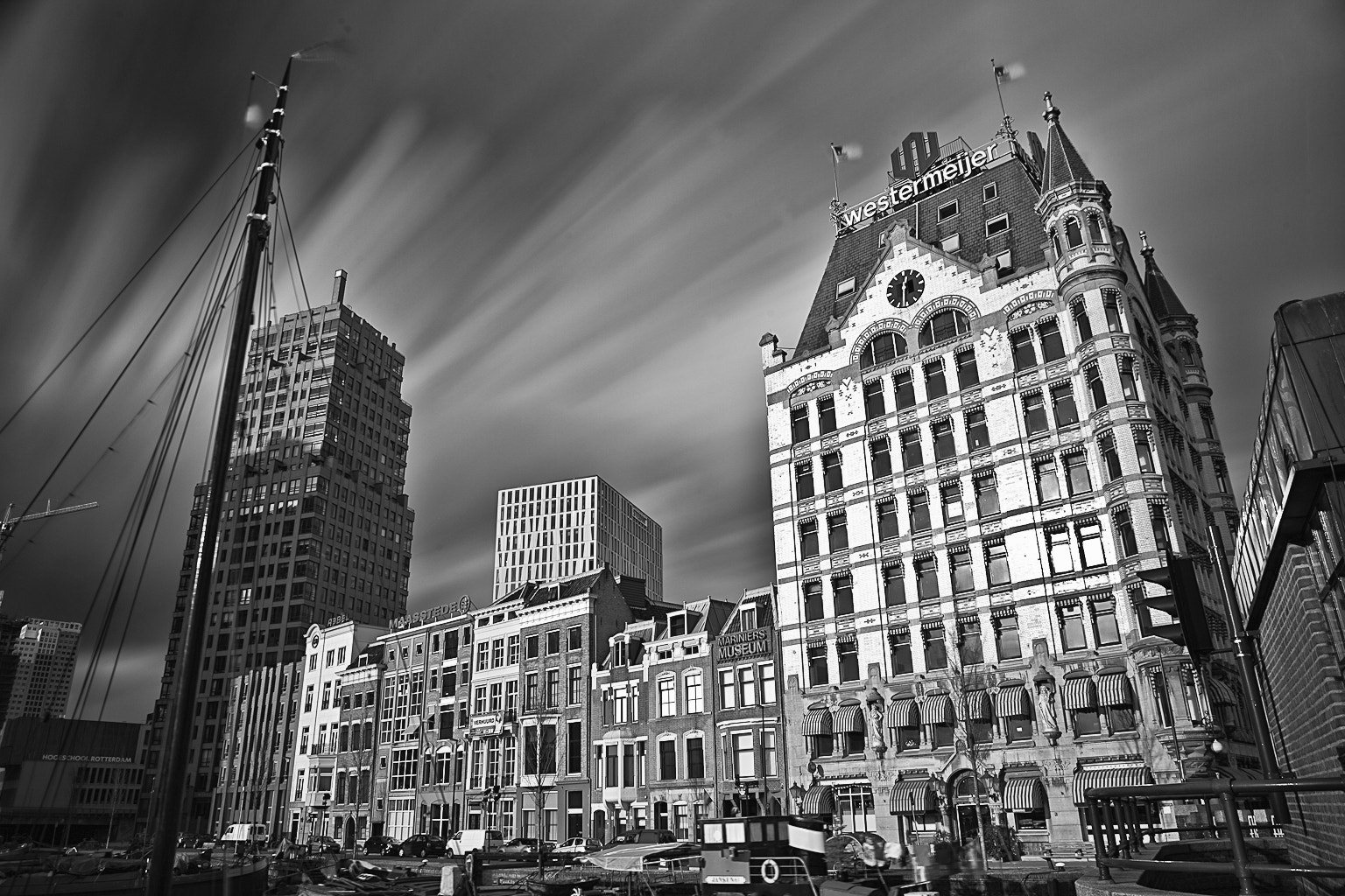Photograph Rotterdam B&W Light by Randy Ruijter on 500px