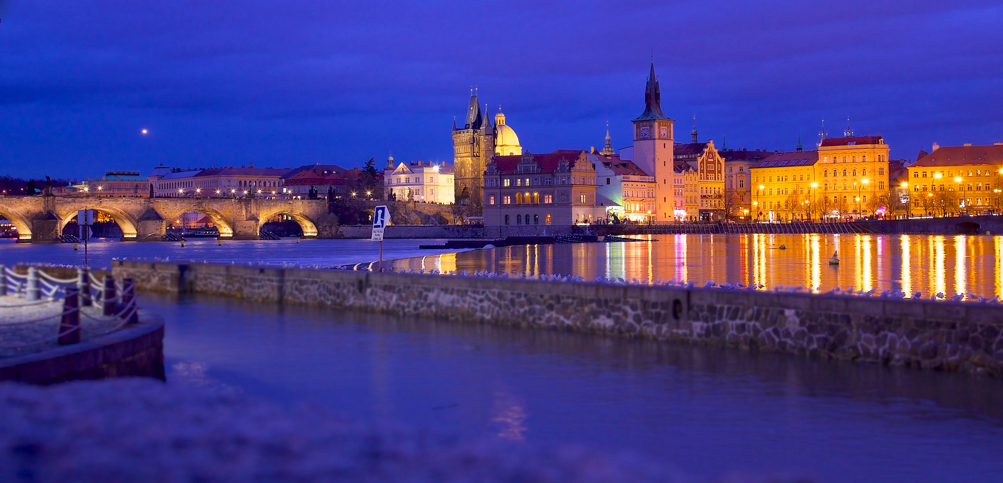 Photograph Prague by night by Thomas Pipek on 500px