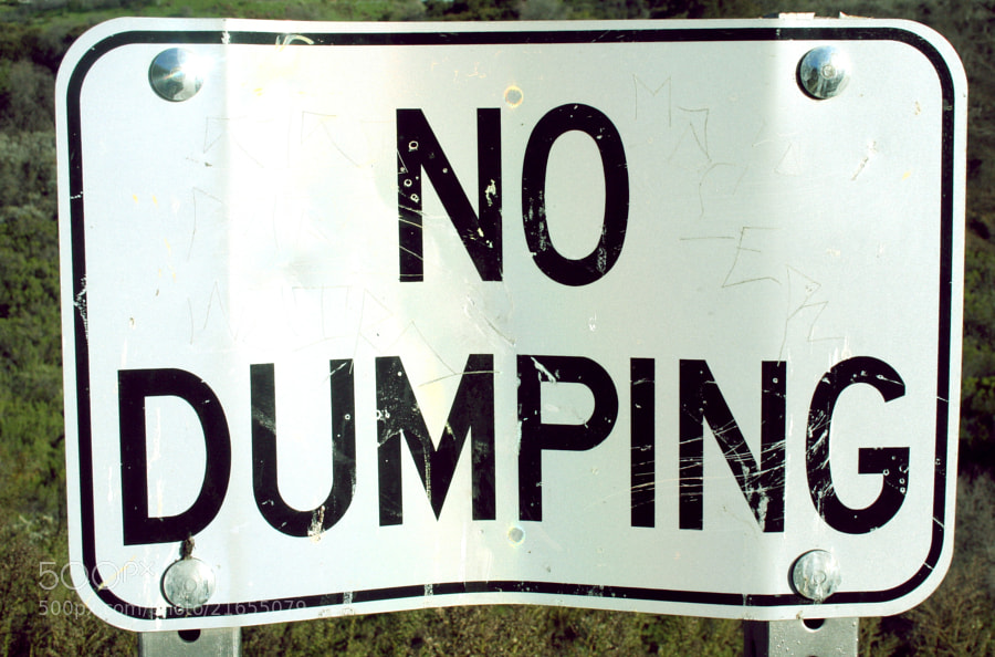 No dumping sign in the hills of Tarzana.