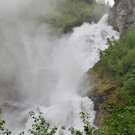 Close up of Hjellefossen