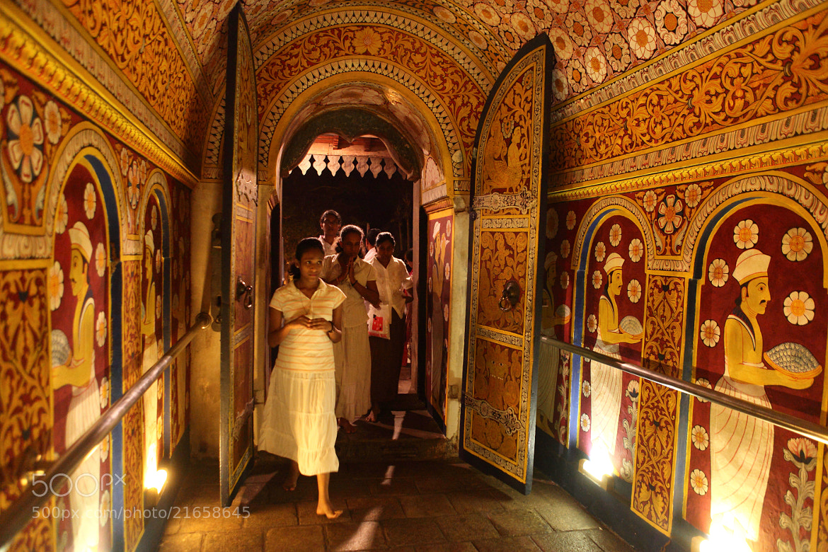 Photograph Temple of Tooth Relic, Kandy by Fan Yang on 500px