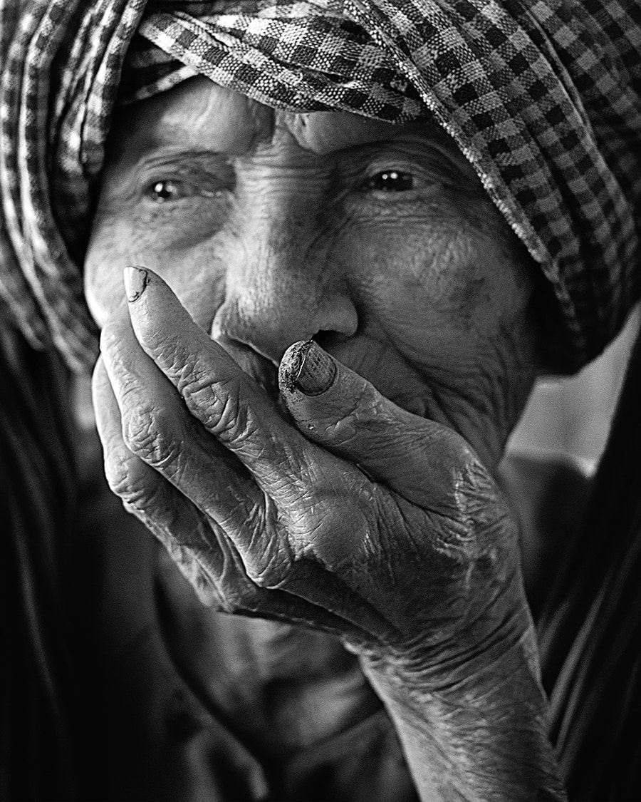 Photograph BLACK WHITE VIETNAMESE by rzleytheshoot photography on 500px