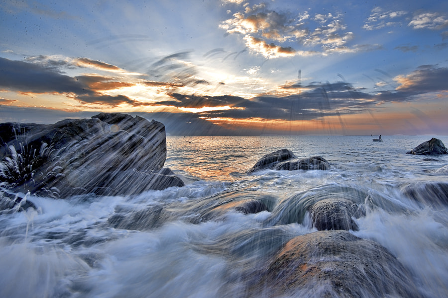 Photograph Miss wave by Vien Dong on 500px