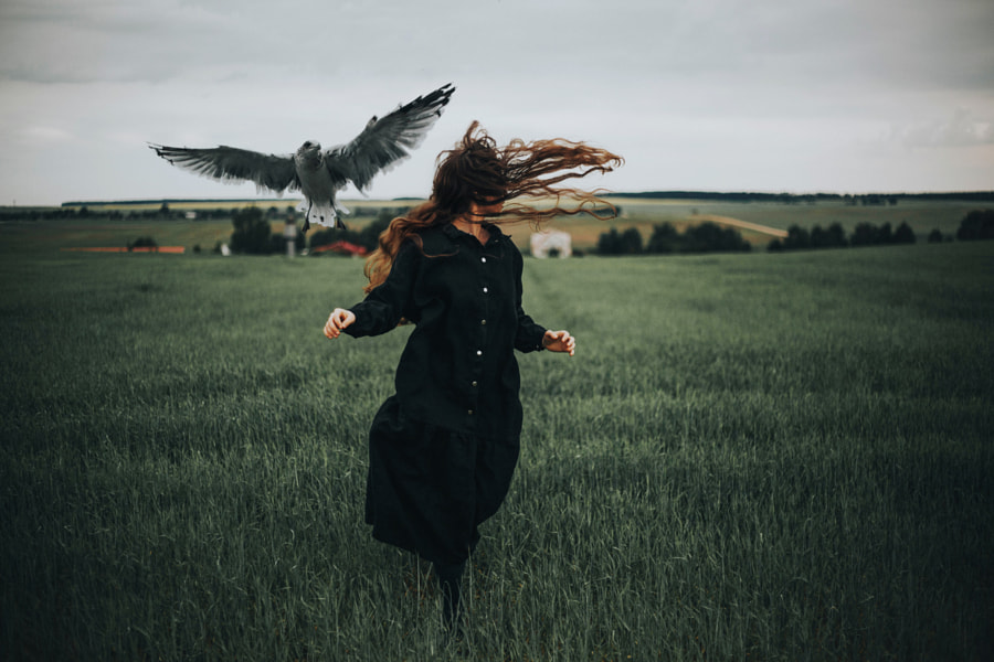 floating by Taya Iv on 500px.com