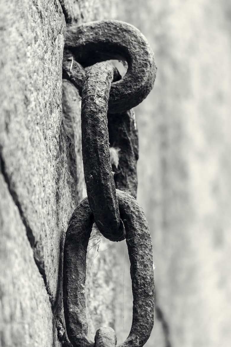 Photograph Chained! by Kunal Khurana on 500px