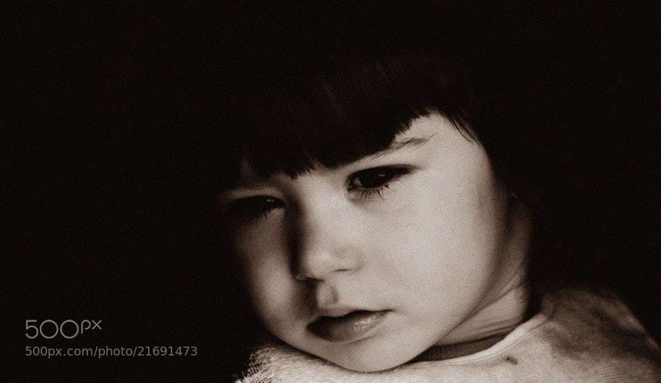 Photograph Daddy's girl portrait by André Quartin Santos on 500px