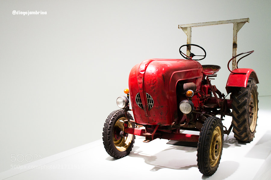 Tractor Porsche by Diego Jambrina (Elhombredemackintosh)) on 500px.com