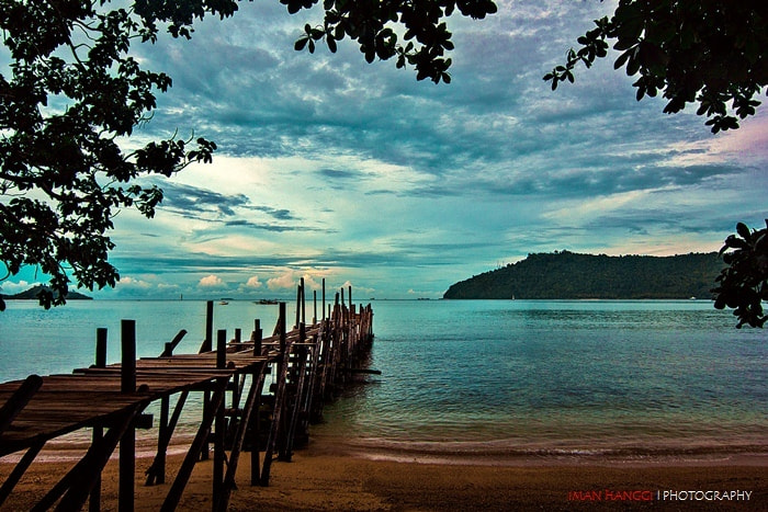 Photograph Morning in the beach by Iman Hanggi on 500px