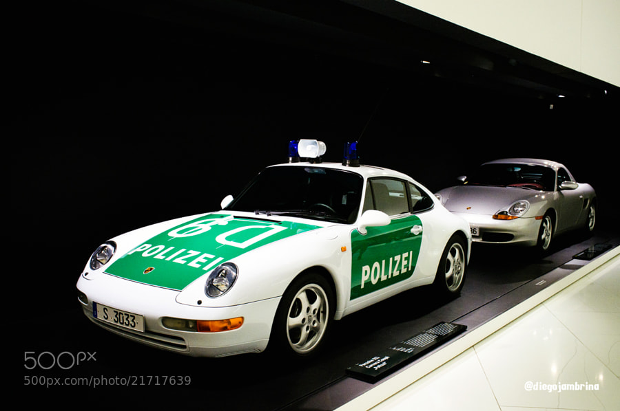 Porsche para perseguir by Diego Jambrina (Elhombredemackintosh)) on 500px.com