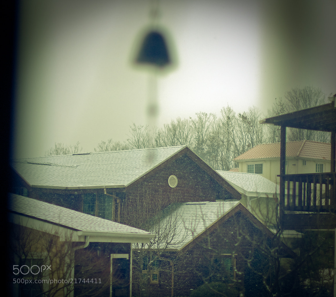 Photograph Snow & Wind Chime by Team B&K on 500px