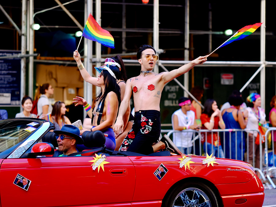 2017 NYC pride parade by Xin on 500px.com