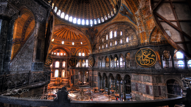 Photograph Ayasofya (Hagia Sofia, Santa Sofía) - Istanbul by Lluís Grau on 500px