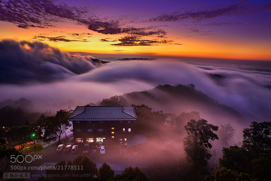 Photograph Sea of clouds in Winter by 芊芊 劉 on 500px