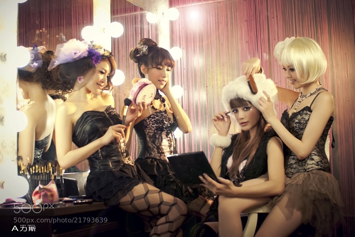 Photograph Makeup girls by A 力斯 on 500px
