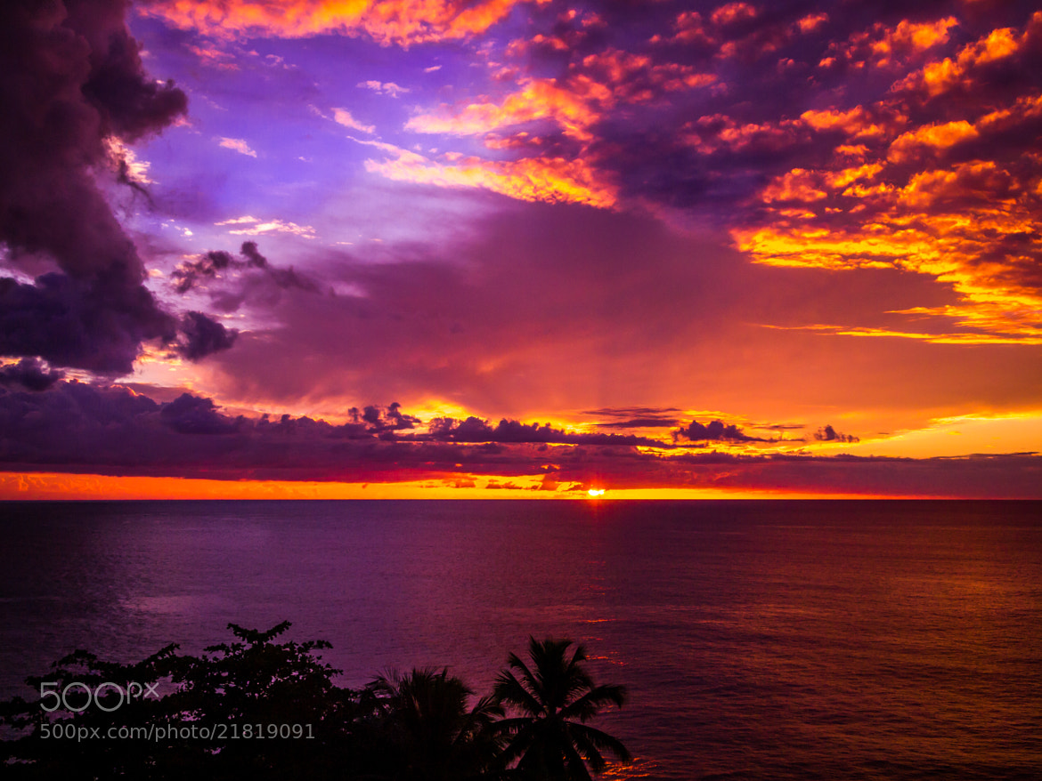 Photograph Sunset to the Heavens ~Atardecer hasta el cielo~  by Kev  on 500px