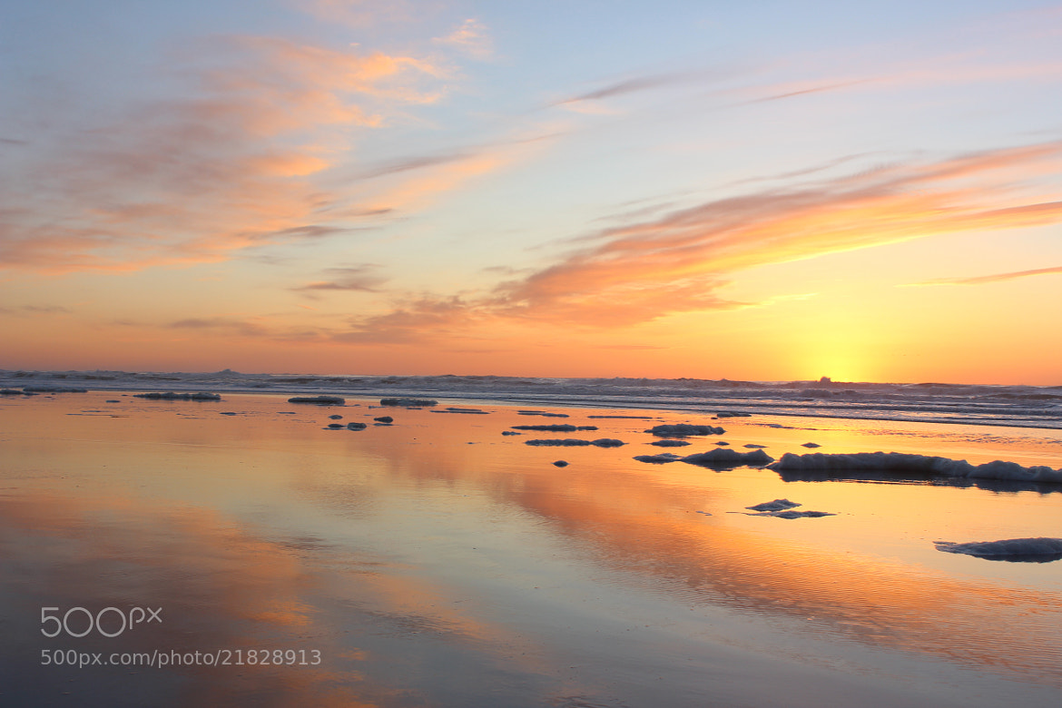 Photograph Sunset at Ocean Beach by Jim Barcelona on 500px
