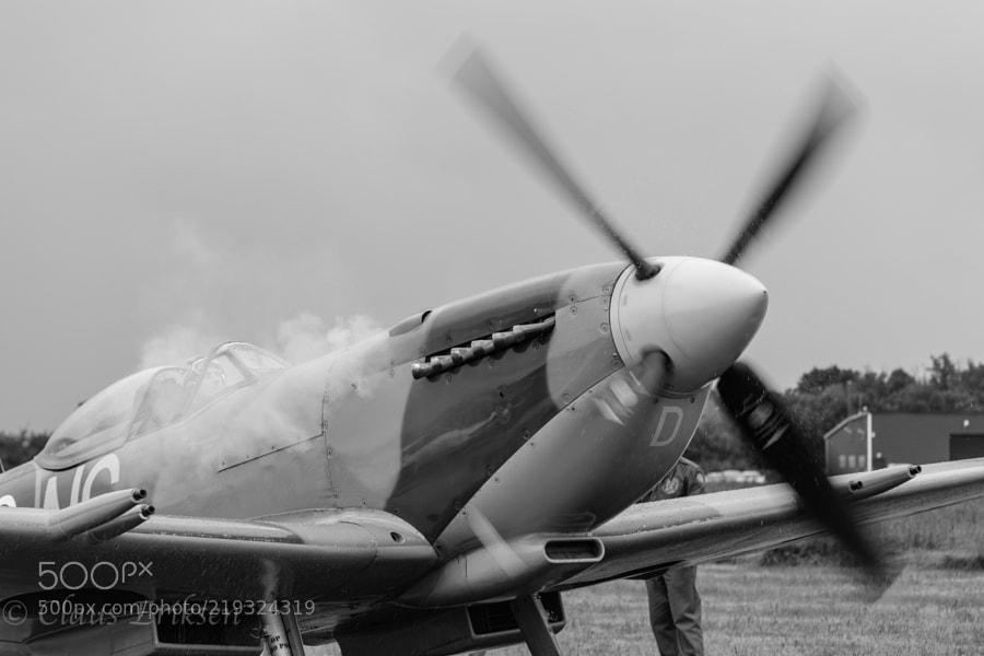 Spitfire starting in rain