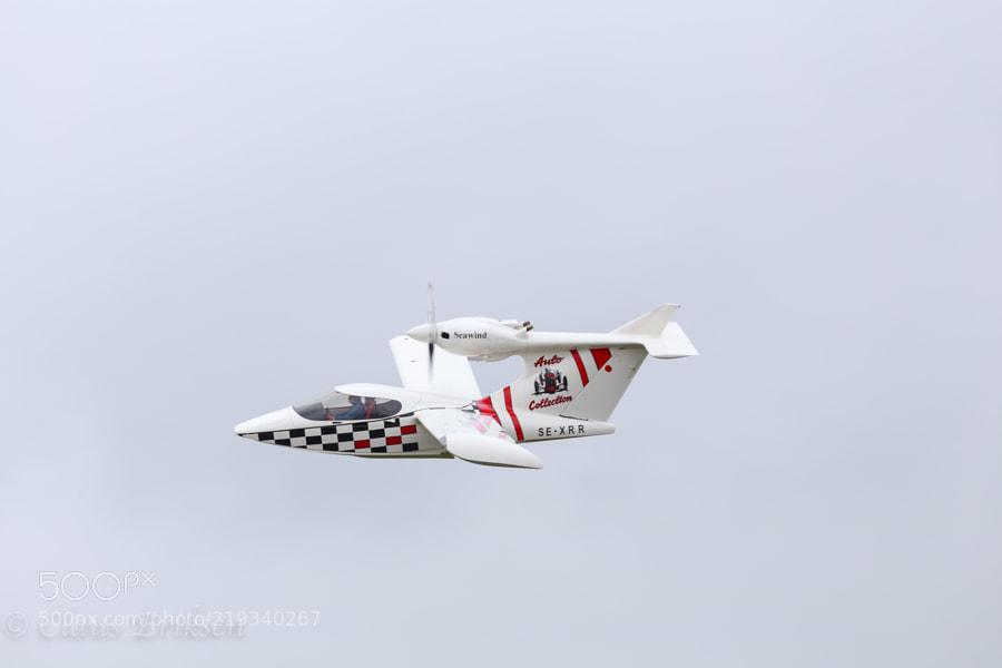 Seawind 3000 flyby