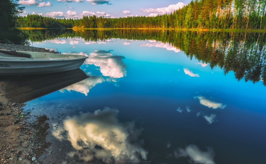 Mirror Lake by Anssi  karilahti on 500px.com