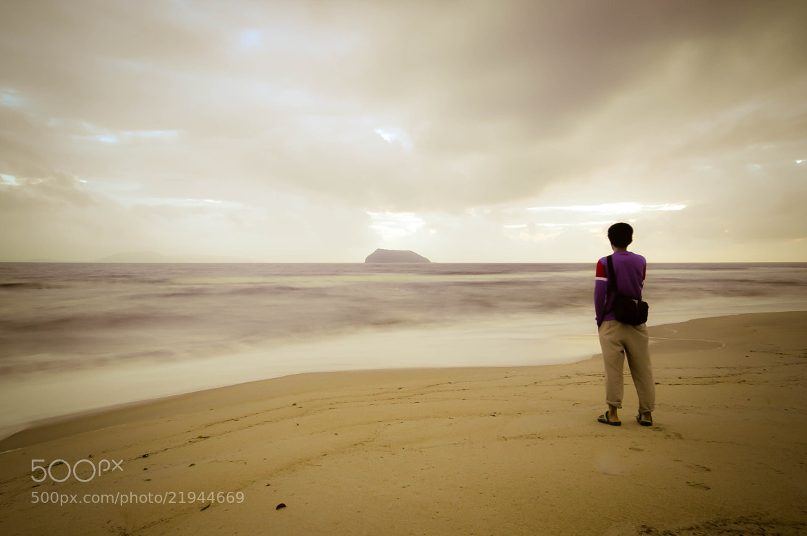 Photograph On the beach by Zulkifli Yusof on 500px