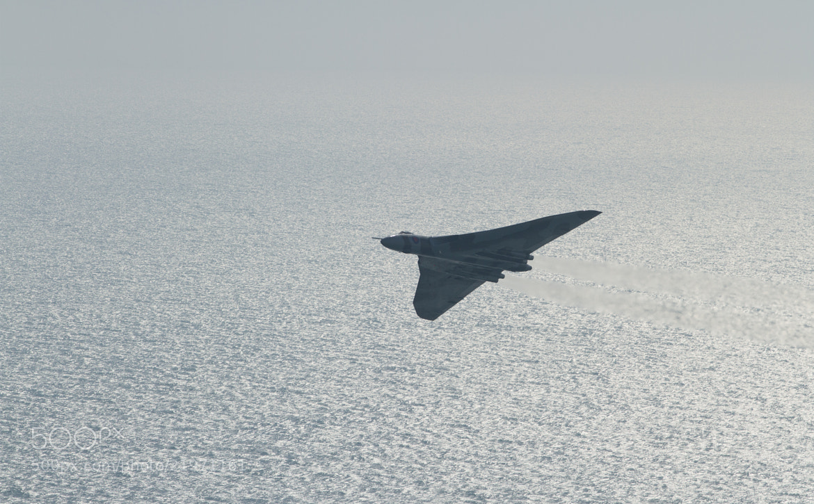 Photograph Avro vulcan low pass over the sea by steven  whitehead on 500px
