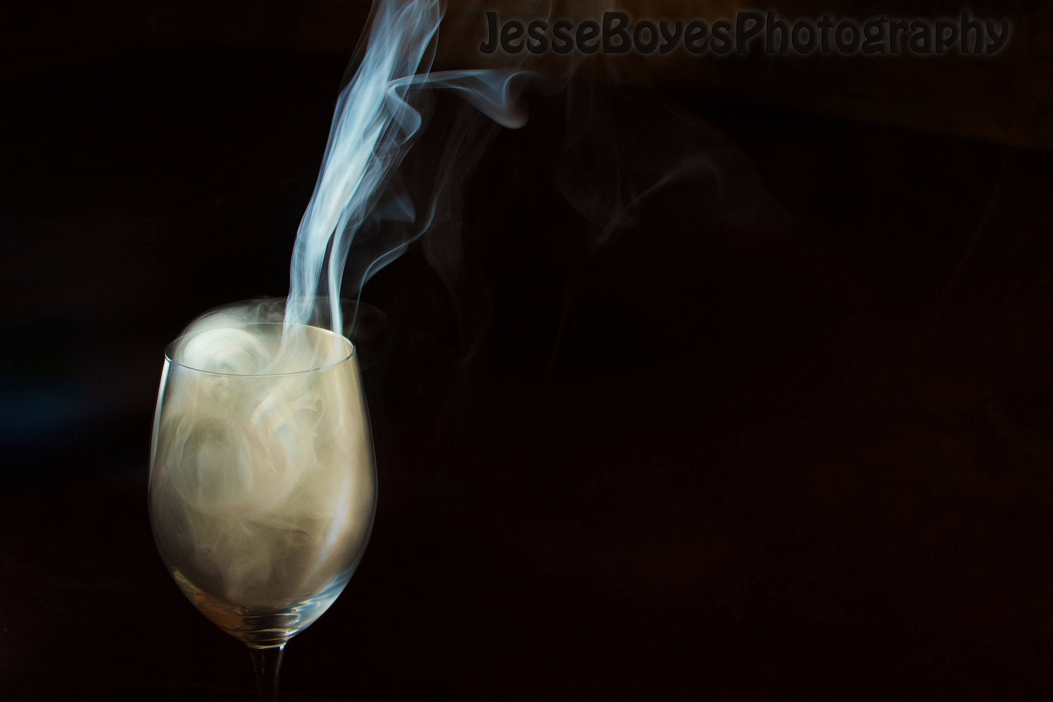 Photograph A glass of smoke by Jesse Boyes on 500px