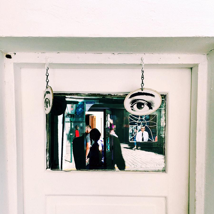 puerta zpsynjmefyf by Fleur Chelsea on 500px.com