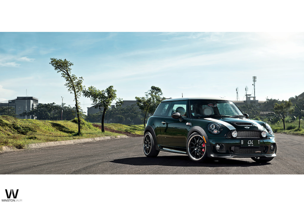 Photograph MINICOOPER JCW WITH ADV1 by Winston Jaury on 500px